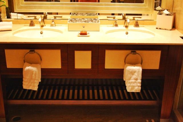 CM_bathroom3
