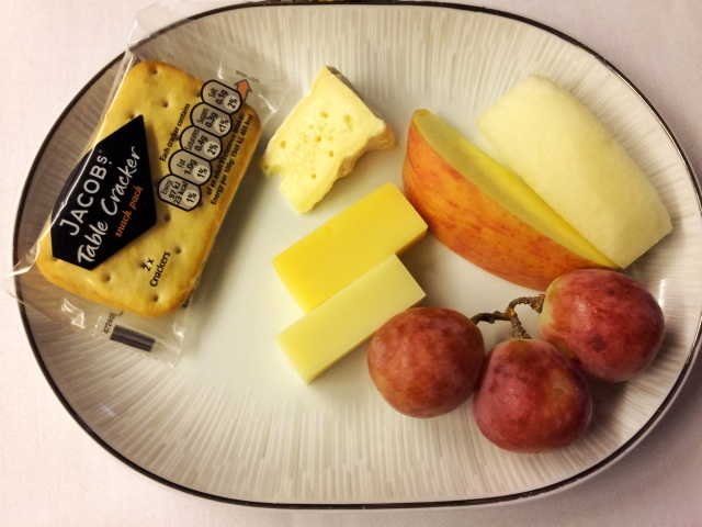 Thaiairways_fruit and cheese