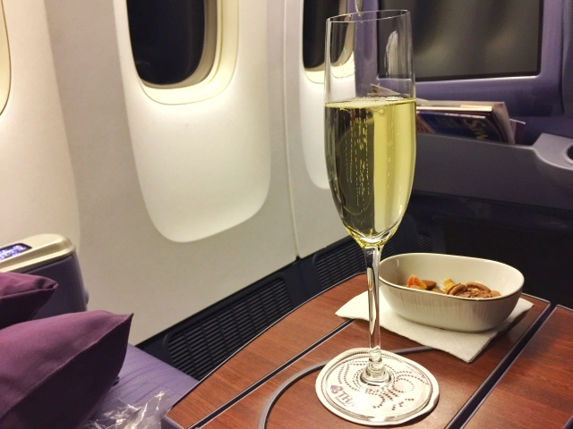 Thaiairways_veuve clicquot