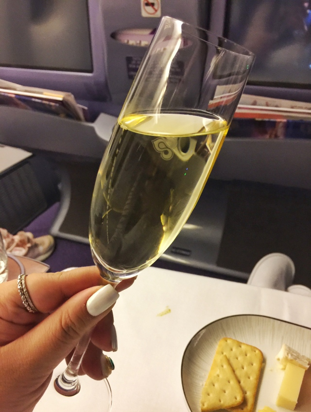 Thaiairways_veuve cliquot shot